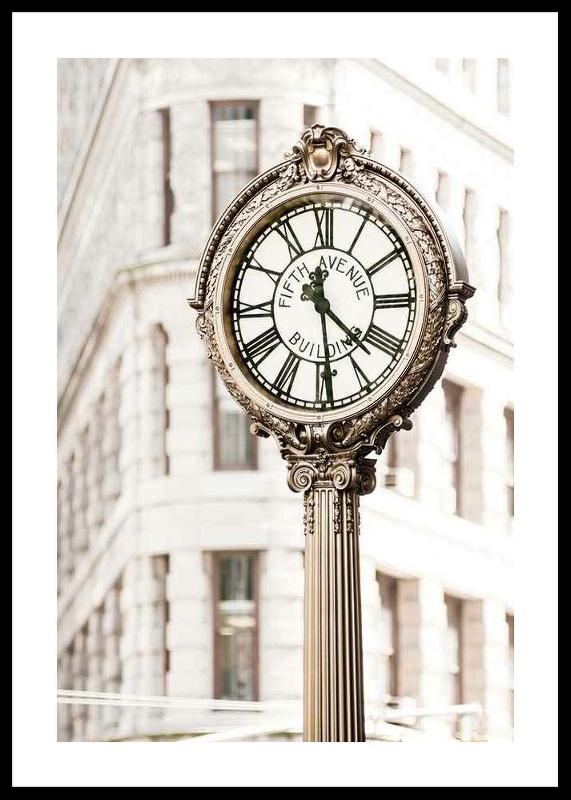 Fifth Avenue Building Clock