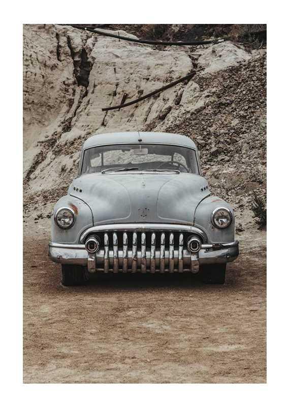 Vintage Rusty Car-1