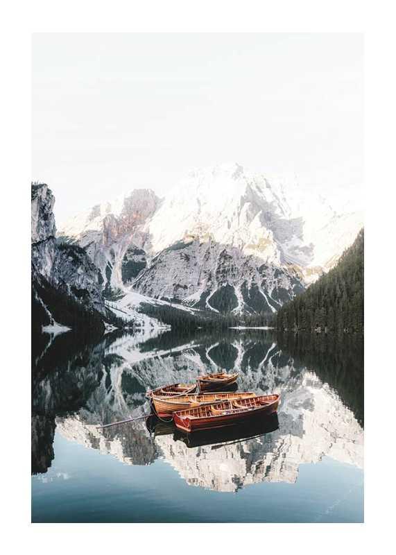 Rowing Boats In Lake Braies-1